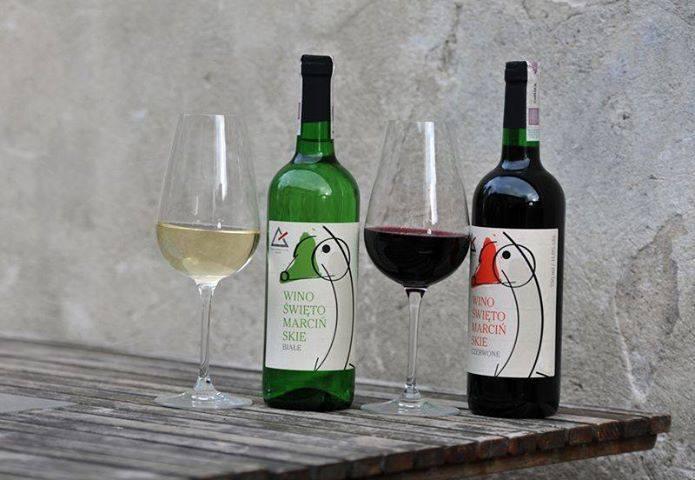 wino Świętomarcińskie Winnica Srebrna Góra fot. wina.pl